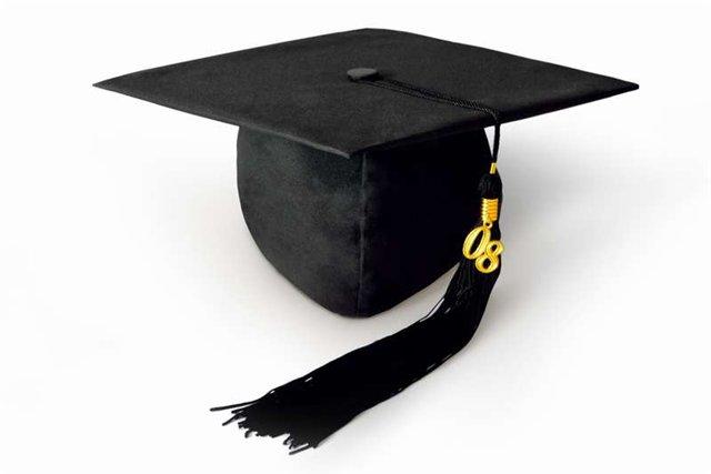 Класична академічна шапка