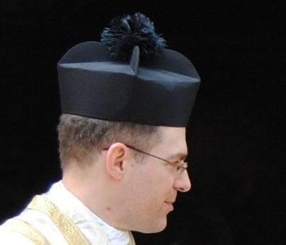 Біретта римсько-католицького духовенства